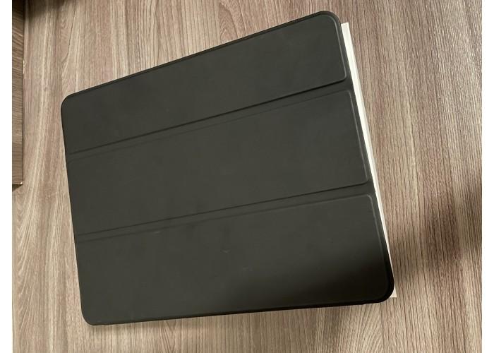 """iPad Pro 3ª Geração 12,9"""" 256GB - Seminovo"""