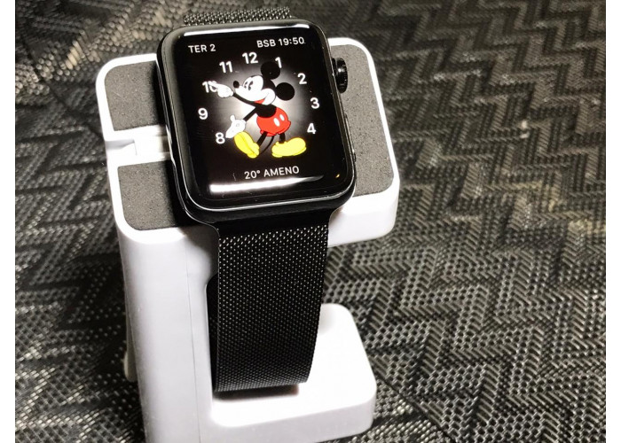 Apple Watch Series 3 42mm (GPS+Celular) Preto Espacial de Aço inoxidável / Várias pulseiras - Seminovo