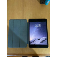 iPad mini 4 128GB Cinza Wifi + Smart Cover . Usado