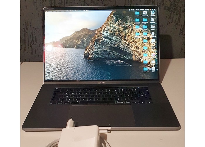 "Macbook Pro 16"" 2019 - 2.3GHz i9 8-Core - 16GB - 1TB - AMD 5500 4GB - Teclado Espanhol - Seminovo"